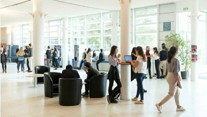 HEC Paris leads our 2021 ranking for pre-experience programmes