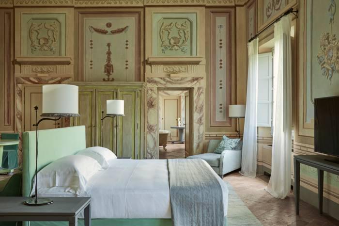 A heritage suite at the Castello del Nero