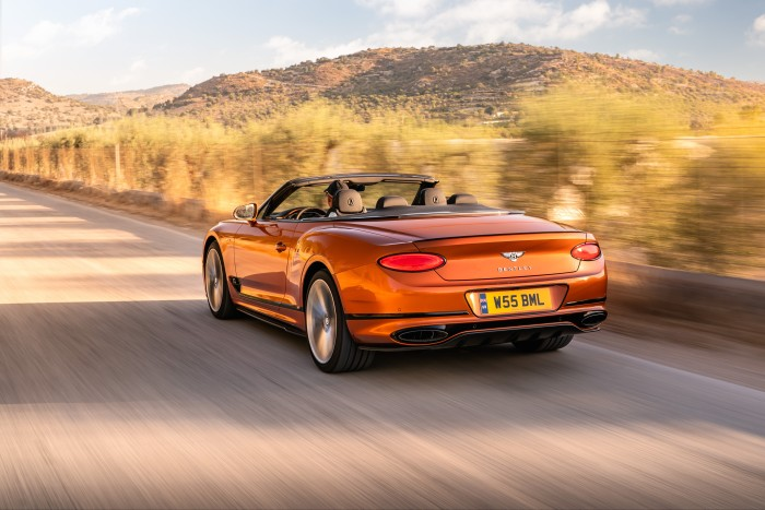 Available as a coupe or convertible, the new GT Speed can be fully personalised through a choice of 15 main and 11 secondary hide colours