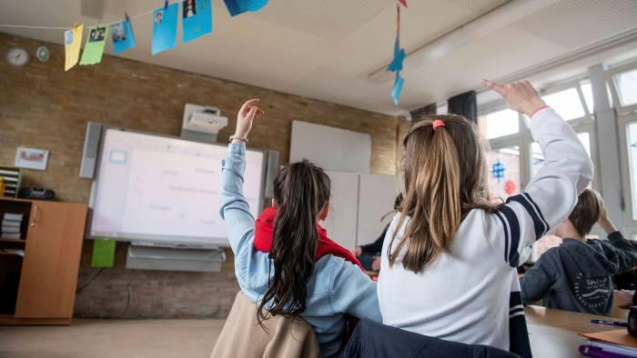 An interactive whiteboard in a Hamburg classroom