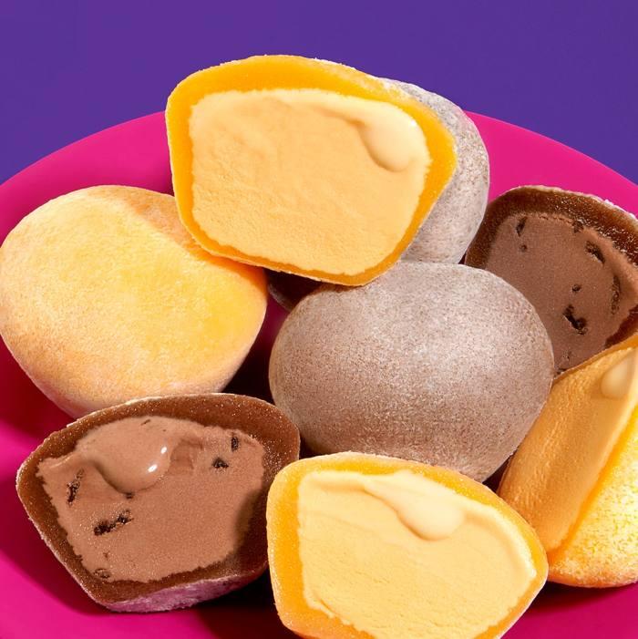 My/Mochi's mango and double chocolate mochi ice creams